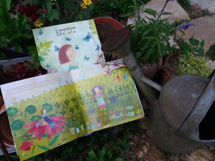 Les Papillons de vie, album-cd jeunesse, Evelyne DLL / Sandrine Lhomme, éd. Édite-moi